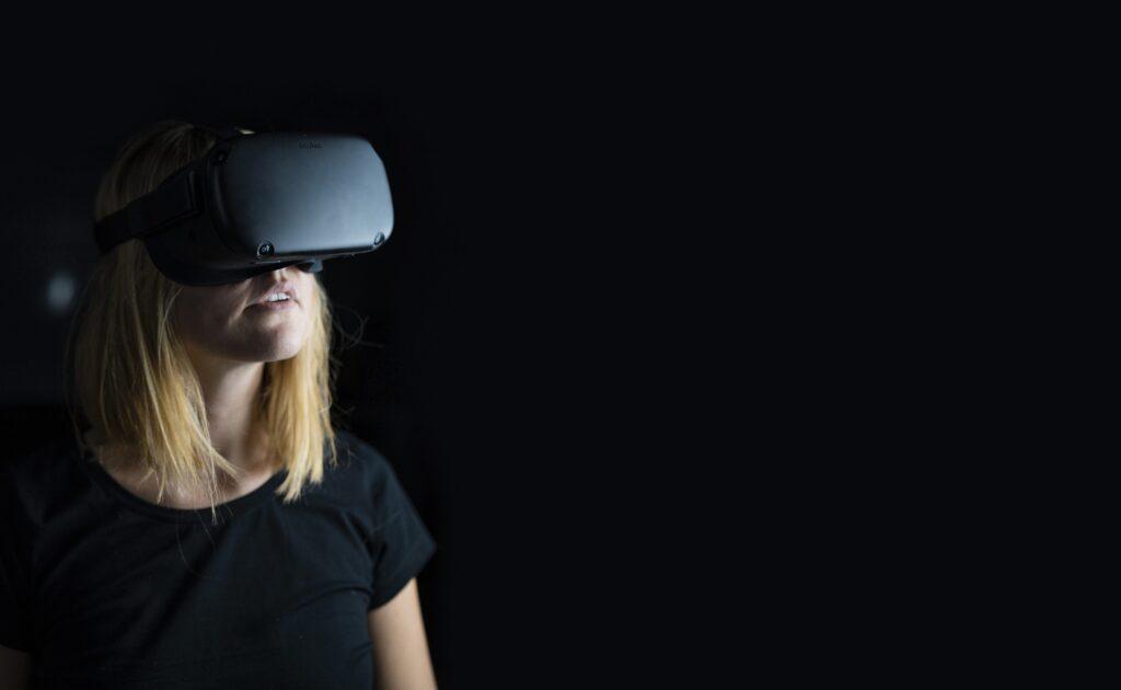 vous êtes dans l'immobilier ? Réalisez des visites en VR avec Blitter Studio, agence vidéo VR 360 et réalité virtuelle à Bordeaux